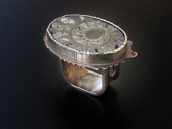 ammoniteRing.jpg