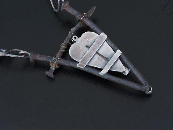 crucifix5.jpg